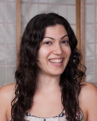 headshot lisa battisti